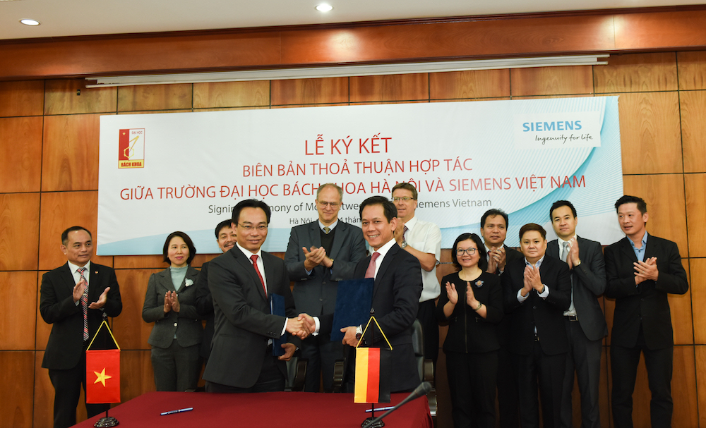 Hanoi University of Science & Technology (HUST) and Siemens ink MoU to foster the next generation of digital talent