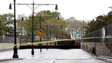 Superstorm Sandy smashes U.S. eastern coast