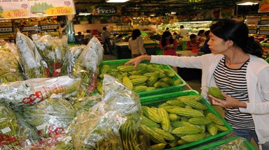Vietnamese turn their backs to Chinese farm produce